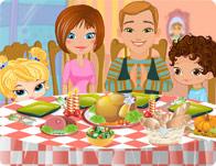 لعبة تزيين طاولة طعام العائلة